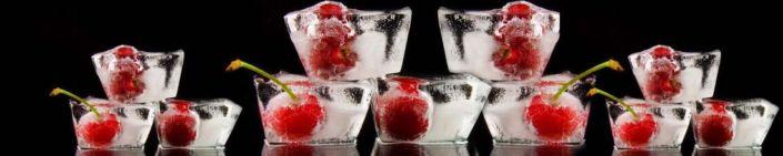 фартук для кухни вишня в ледяном кубике