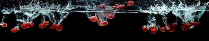 фартук для кухни клубника в воде