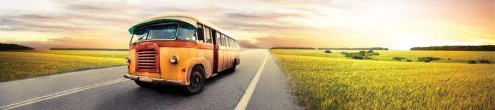 фартук для кухни автобус оражевый по дороге в поле