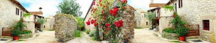 скинали для кухни фрески каменные улочки с плетущимися розами
