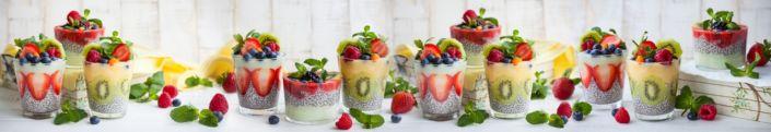фартук для кухни фруктовые десерты в стаканчиках